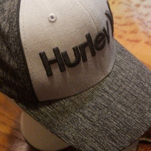 NWT HURLEY FITTED DOUBLE EMBROIDERED BASEBALL HAT